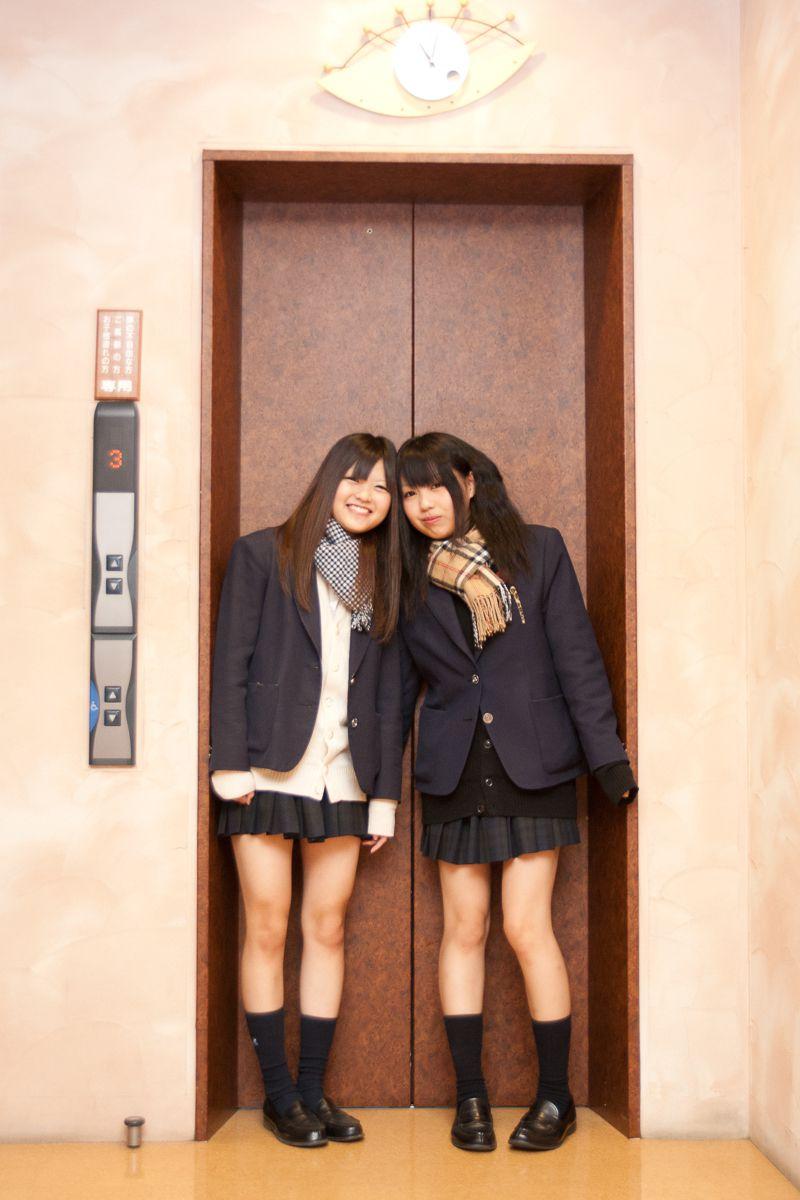 エレベーターガール
